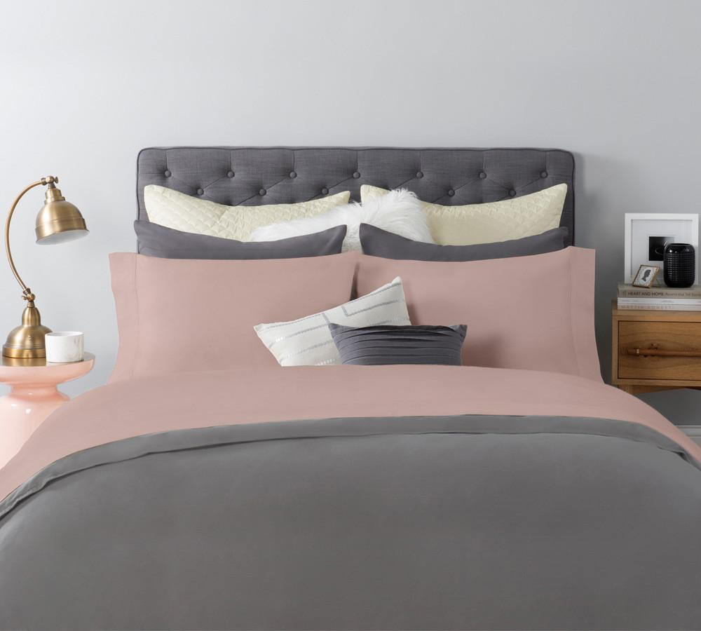 This certified chemical-free solid sateen sheet set in peach color