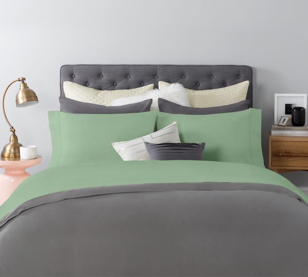 Silky Sateen Sheet Set In Green